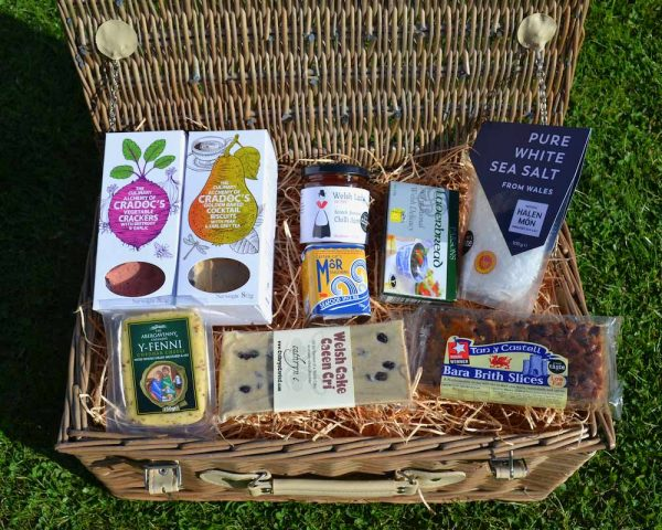 Authentically Welsh Welsh Sweet and Savoury Hamper