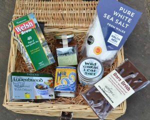 Authentically Welsh Welsh Welcome Hamper