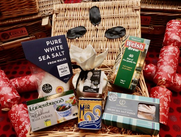 Welsh Christmas Welcome Hamper
